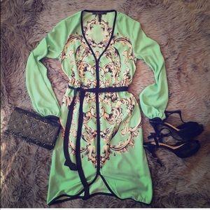 BCBGMAXAZRIA MINT GREEN DRESS